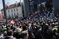 © Stephan NORSIC, France, Paris le 28/05/10. Occupation du parvis de l'opéra Bastille.