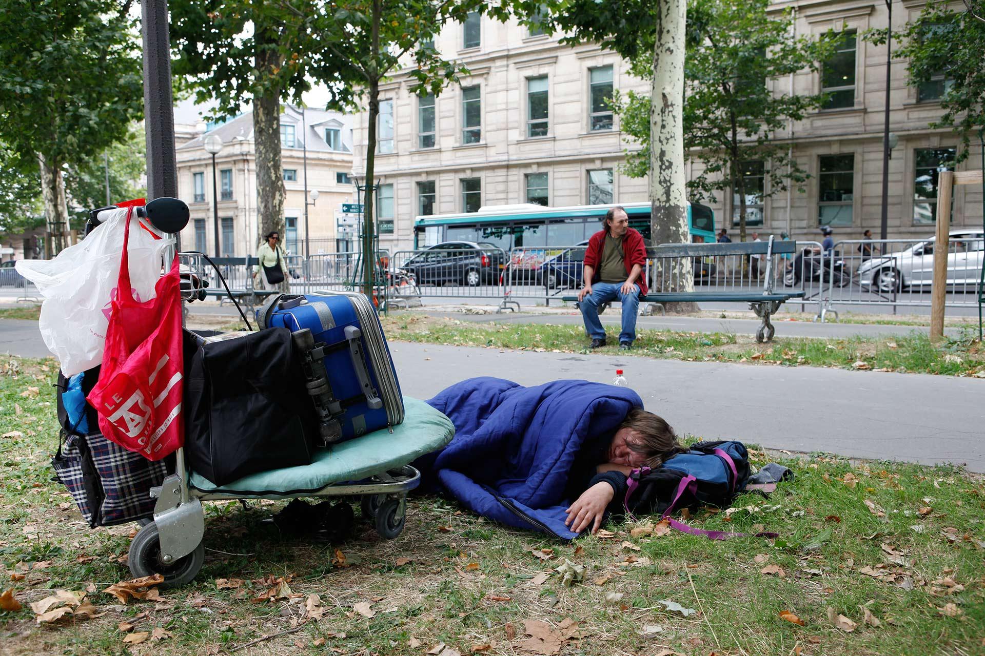 Cornel et Rosita, couple de SDF dans Paris.