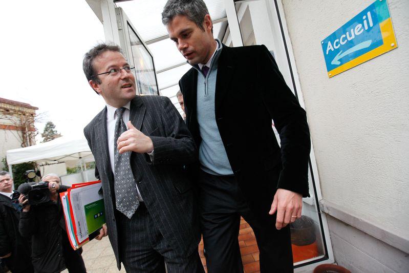 """Laurent WAUQUIEZ et Martin HIRSCH visitent la """"Mission Locale"""" du Perreux-sur-Marne  (19/01/09) Credit Norsic/face to face"""