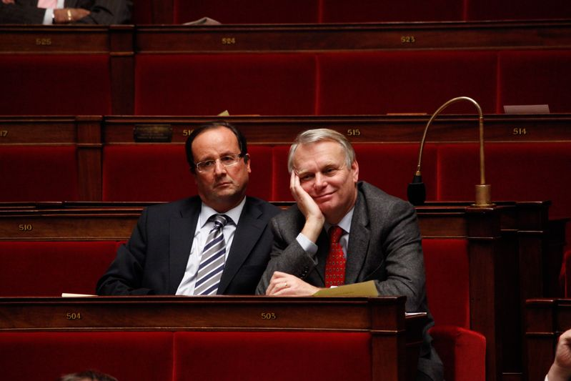 Francois Hollande et Jean-Marc Ayrault, deputes socialistes (27/01/09) Credit Norsic/face to face