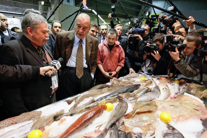 Jacques Chirac visite le salon de l agriculture. Credit Norsic/face to face