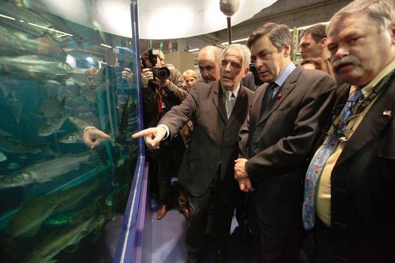 Francois Fillon, premier ministre, et Michel Barnier, ministre de l agriculture. Credit Norsic/face to face